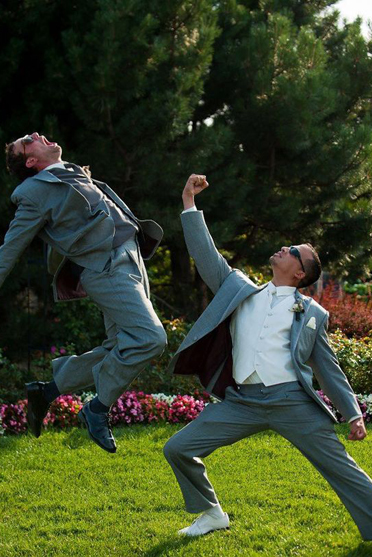 Matrimonio Tema Marvel : Avengers endgame la foto di thanos a un matrimonio diventa