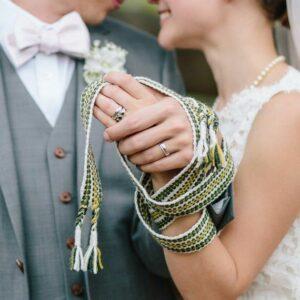 rito simbolico matrimonio legatura delle mani